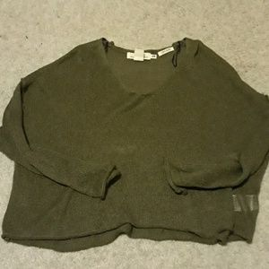 H&M Cropped green sweater